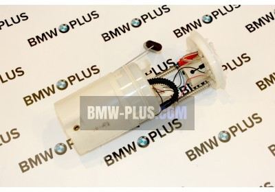 Топливный насос с датчиком уровня наполнения BMW X5 E70 16117195463