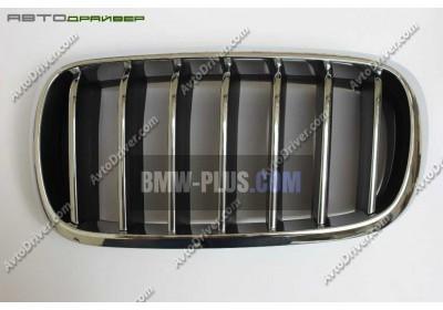 Декоративная решетка передняя левая BMW 51137316061