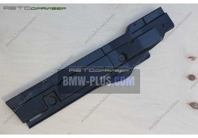 Крепление лонжерона правое BMW 3' E91 51477068886
