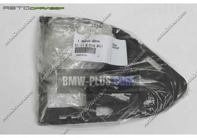 Крышка средней решетки нижняя левая BMW 51118056851