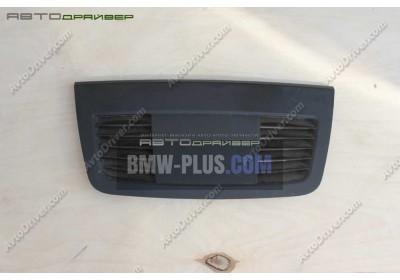 Накладка BMW 3' 64227130751