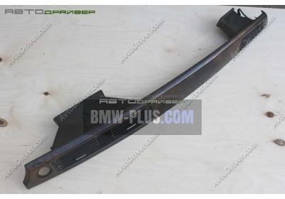 Накладка на панель приборов из корня ореха правая BMW 3' 51456985540
