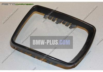Окантовка зеркального элемента левая BMW X5 E53 51168254903