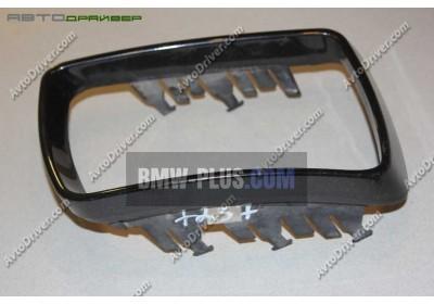 Окантовка зеркального элемента правая BMW 51168254904