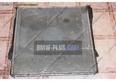 Радиатор водяного охлаждения BMW 17101439101