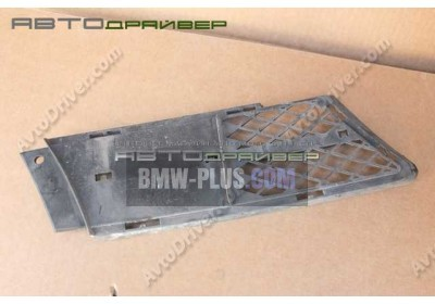 Решетка переднего бампера частично открытая левая BMW 3' 51117134081