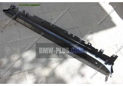 Щиток швеллера порога левый BMW 51777294379